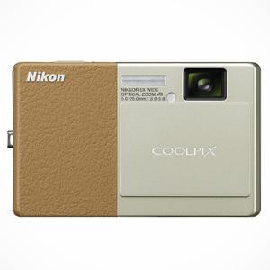 Nikon CoolPix S70 z ekranem dotykowym