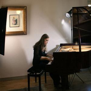 Budowanie atmosfery świetlnej, czyli portret pianistki cz. 2