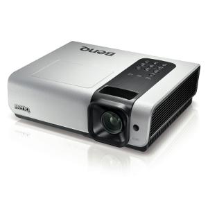 Projektor BenQ W1000 - miliard barw w kinie domowym full HD