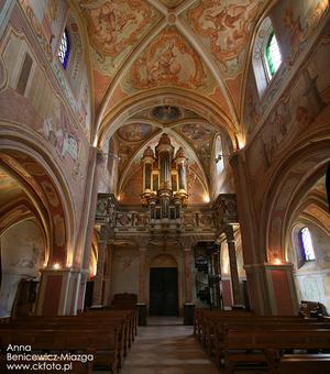 W obiektywie: klasztory - skarby, życie i imprezy cykliczne