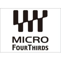 Mikro Cztery Trzecie króluje na Wyspach