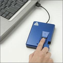 Apricorn Aegis Bio  640 GB - przenośny HDD z zabezpieczeniem biometrycznym