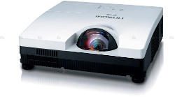 Hitachi CP-D30NJ - kompaktowy projektor