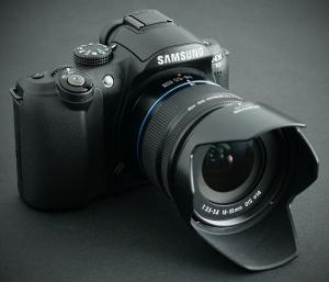 Samsung NX10 teraz z i-Function