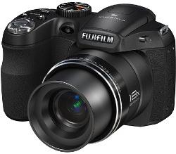 Fujifilm FinePix S2950 - 18-krotny zoom i zasilanie paluszkami