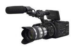 Sony NEX-FS100 - zaawansowana kamera z bagnetem E