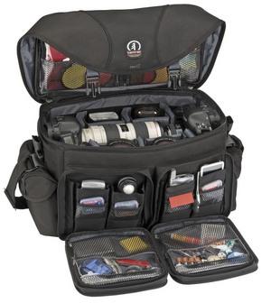Fotografowanie podczas wakacji  - w co zapakować sprzęt fotograficzny oraz niezbędne akcesoria