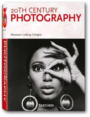 """Polecamy książki, albumy i filmy dla fotografa - """"Fotografia XX wieku"""""""