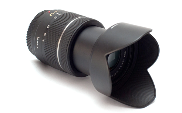 Panasonic G VARIO 14-42 mm f/3.5-5.6 ASPH. MEGA O.I.S