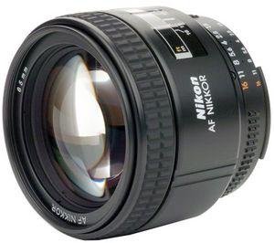 Wciąż na fali: Nikkor AF 85mm f/1.8 D