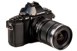Olympus OM-D E-M5 - test bezlusterkowca