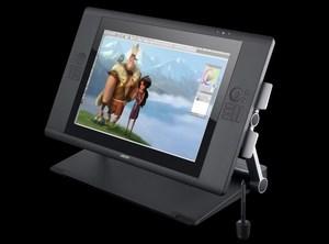 Wacom Cintiq 24HD Touch i Cintiq 22HD - nowe ekrany piórkowe o dużej rozdzielczości