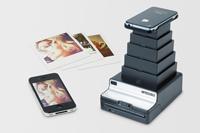 Ludzie, którzy przywrócili życie Polaroidowi, chcą załatać dziurę między fotografią cyfrową i analogową. Nadchodzi Instant Lab