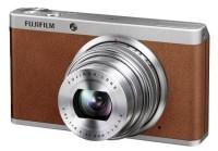 Stylowy Fujifilm FinePix XF1 z jasnym obiektywem