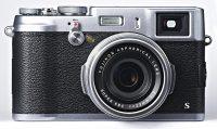Fujifilm FinePix X100S i X20 pojawią się na rynku z tygodniowym poślizgiem