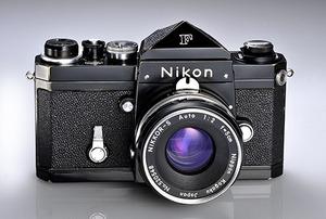 Nikon F w wersji przedprodukcyjnej trafia na aukcję
