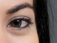 Photoshop: usuwanie cieni spod oczu