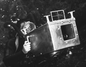 Niewiarygodna podwodna fotografia pin-up z początku XX