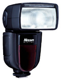 Nissin Di700  - nowy model lampy błyskowej