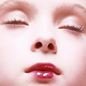 Jak pachnie fotografia? Perfumy duetu Inez i Vinoodh