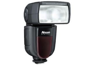 Nissin Di700 - recenzja lampy błyskowej