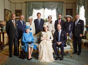 Jason Bell autorem historycznej fotografii rodziny królewskiej