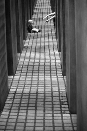 Cztery tysiące zdjęć Tadeusza Rolke dostępnych w Internecie