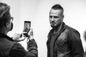 Zdjęcia do kalendarza Dżentelmeni 2014 Robert Wolański zrobił telefonem