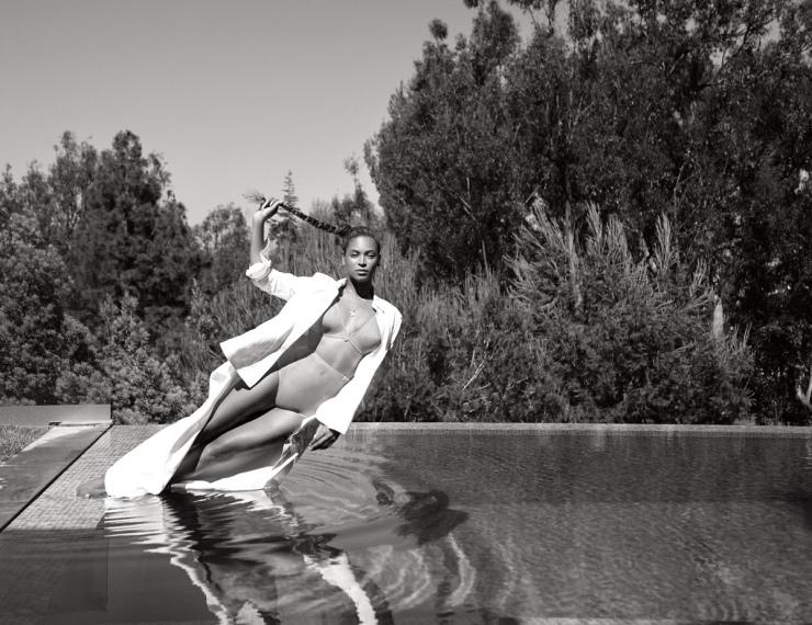 W Mega Zmysłowa sesja zdjęciowa Beyonce - fotografuje Robin Harper BD28