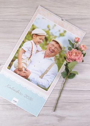 Idealny prezent dla Babci i Dziadka to taki, stworzony samodzielnie przez nas - garść pomysłów z kodami promocyjnymi specjalnie dla Czytelników SwiatObrazu.pl