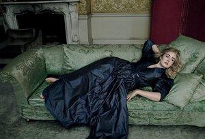 Zjawiskowa Adele w obiektywie Annie Leibovitz