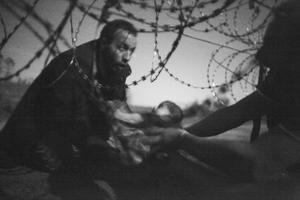 Wyniki konkursu World Press Photo 2016! Nagrodę główną zdobywa Warren Richardson
