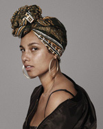 Alicia Keys bez makijażu w obiektywie Paoli Kudacki promuje ruch NoMakeUp