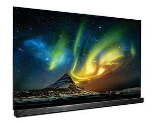 Zorza polarna na idealnie czarnym niebie na telewizorach LG OLED 4K