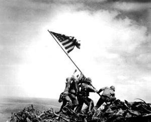 Zdjęcie z Iwo Jimy -  po 71 latach zmiana tożsamości bohatera symbolu II wojny światowej