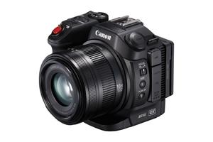 Canon XC15 - profesjonalna kompaktowa kamera  4K z interfejsem audio