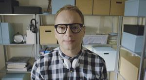 Rewelacyjna parodia testów wideo aparatów w telefonie Macieja Stuhra