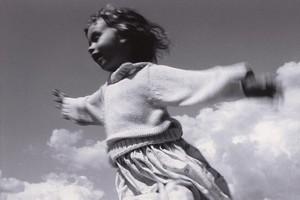 """VI Międzynarodowe  Biennale Fotografii Artystycznej """"Dziecko"""""""