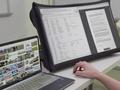 Składany 24-calowy monitor SPUD  - zajmuje tyle miejsca co książka