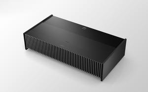 Laserowy projektor Sony 4K HDR 2500 lumenów do wyświetlania z odległości 15 cm