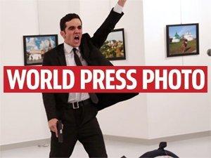 Znamy wyniki konkursu World Press Photo 2017! Zwycięzcą Burhan Ozbilici