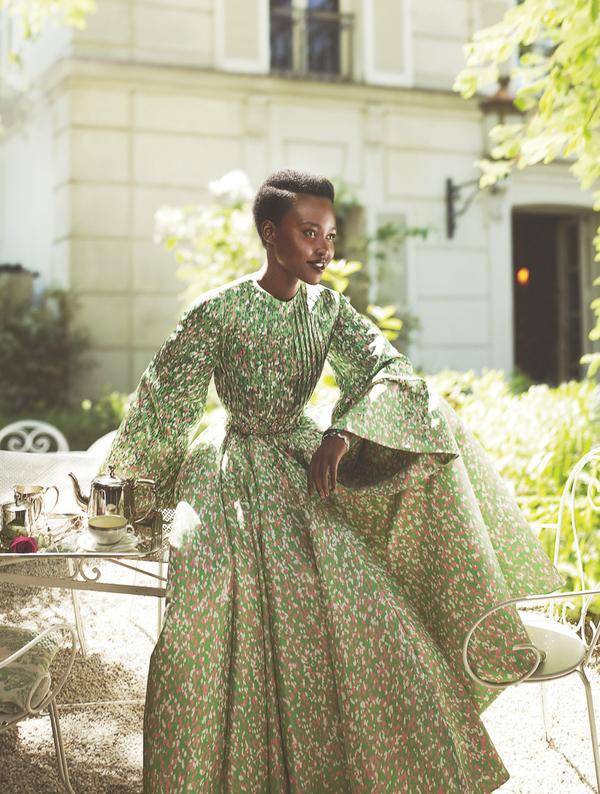 Lupita Nyongo An Le włosy fryzura retusz skandal przeprosiny Grazia UK
