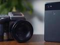 Porównanie Google Pixel 2 i Hasselblad H4D. Jaki efekt daje zestawienie smartfona z aparatem średnioformatowym?