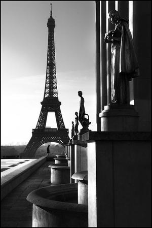 15 minut Jacka Boneckiego z Sony 18-250 mm w Paryżu