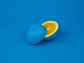 Klasyczny niebieski - kolor roku 2020 według Pantone