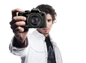 Matryca CMOS, filmy HD i zoom 20x – nowe modele PowerShot SX1IS oraz SX10IS