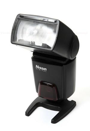 Błyskotliwe alternatywy z Japonii, czyli powrót lamp NISSIN na polski rynek