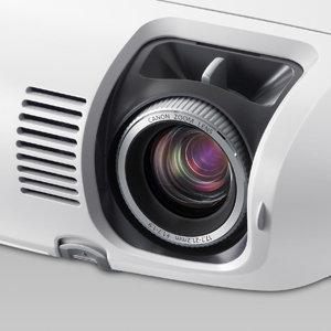 Nowe projektory o rozdzielczości XVGA i XGA - od Canona