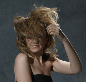 Wiatr we włosach