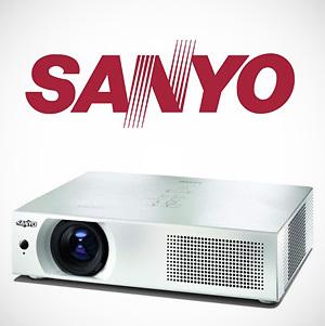 SANYO wprowadza do Polski projektor WLAN PLC-WXU700